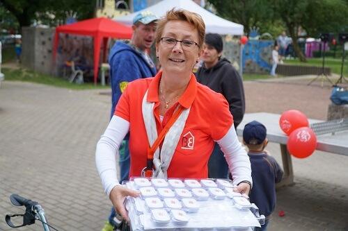 Frau Wittstock beim Hoffest
